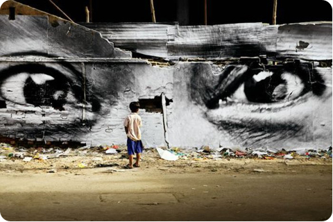 Street_Art_by_JR